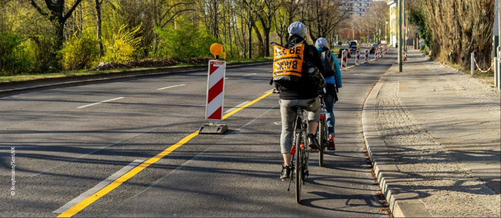 Une piste cyclable temporaire à Berlin durant la crise sanitaire du Covid-19 - Mars 2020.